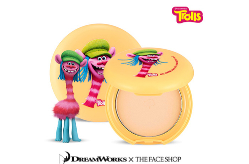 The Face Shop - Trolls Edition Oil Clear Smooth and Bright Pact